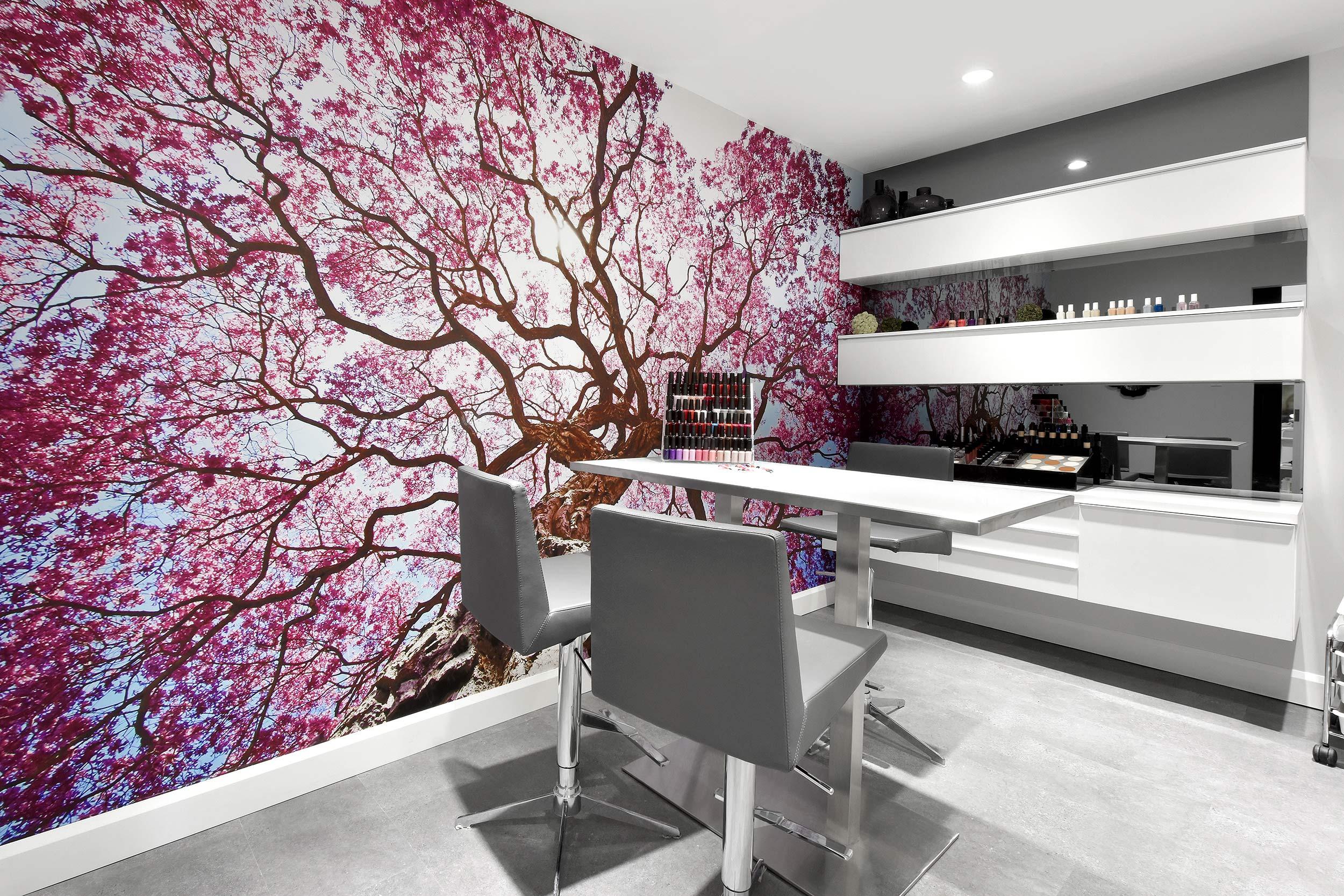 Nuvo Médispa salle manicure rose